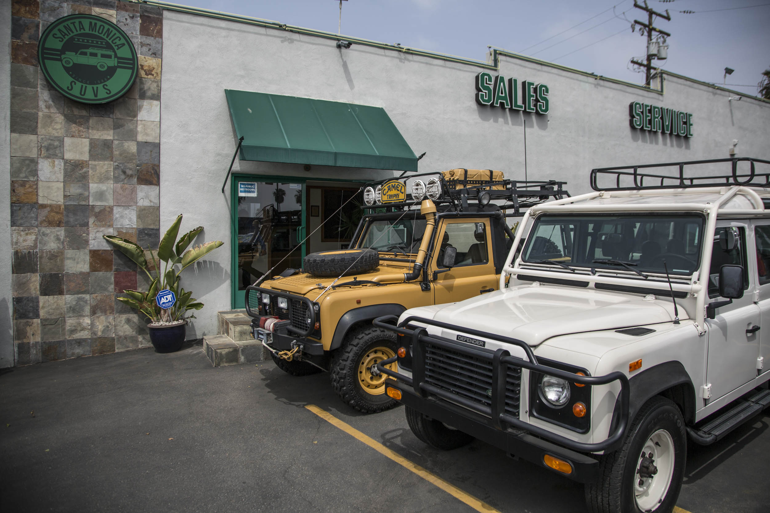L.A.s Santa Monica SUV