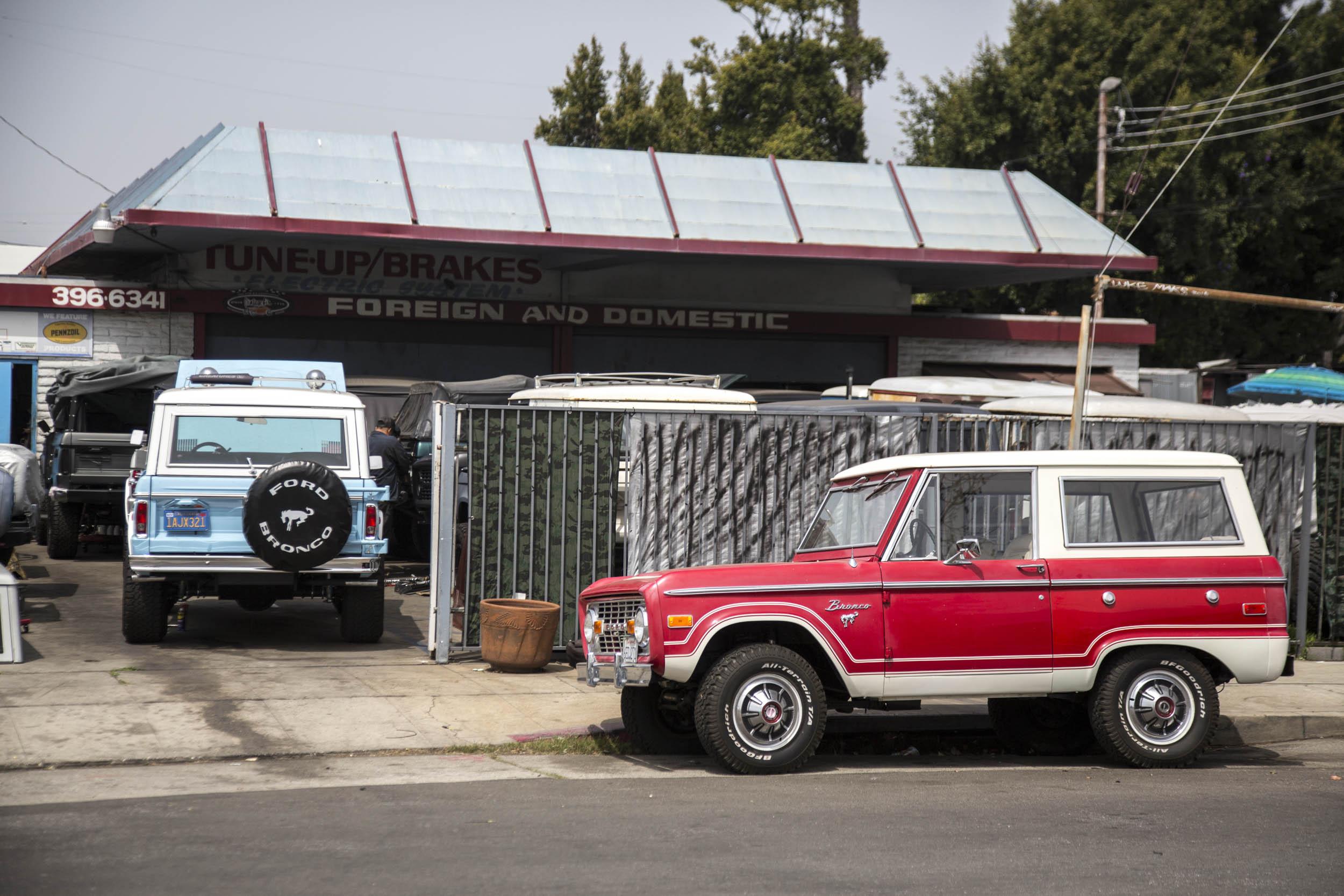 L.A.'s ASC Auto Broncos