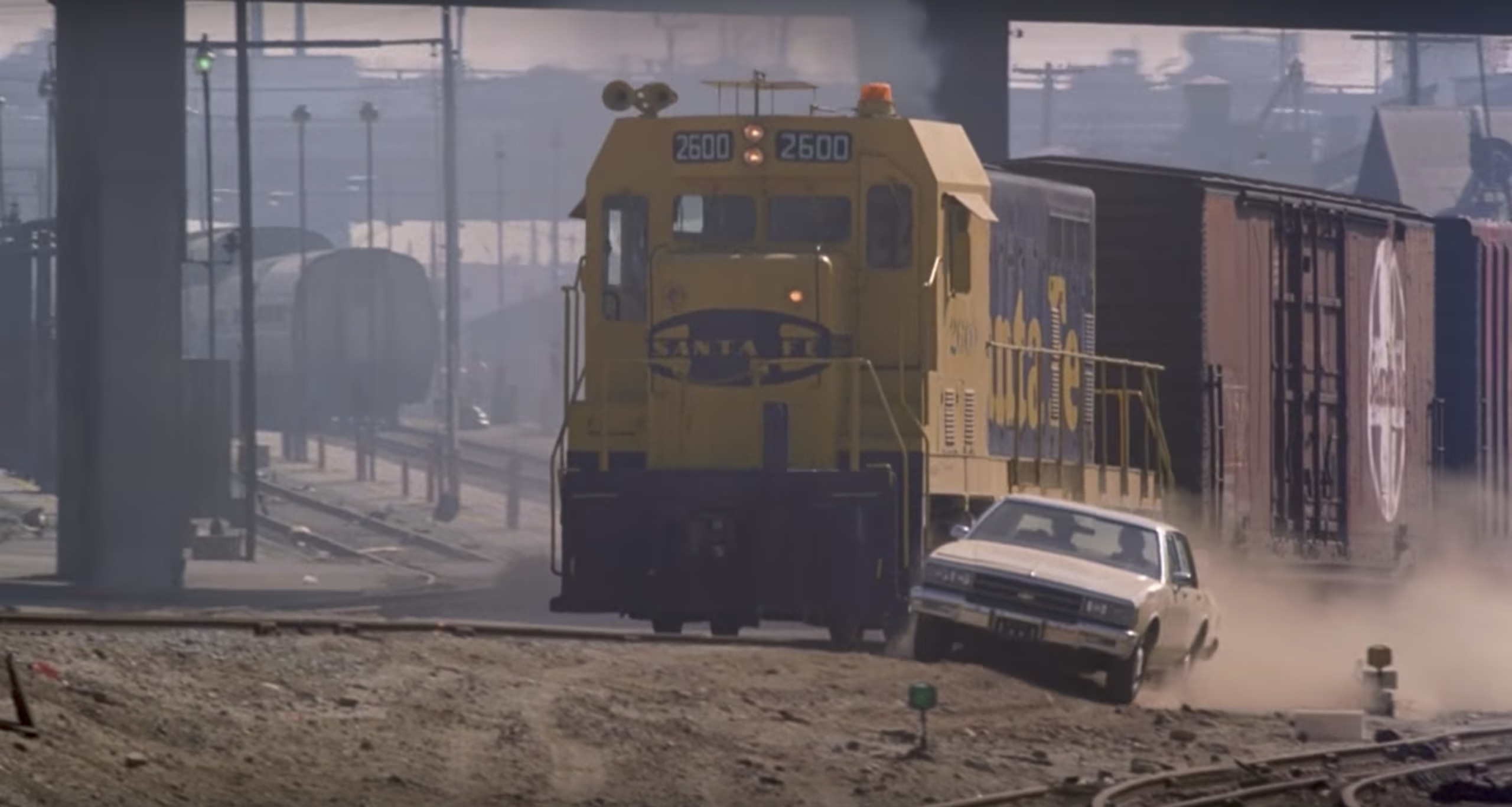 To Live and Die in L.A.train chase