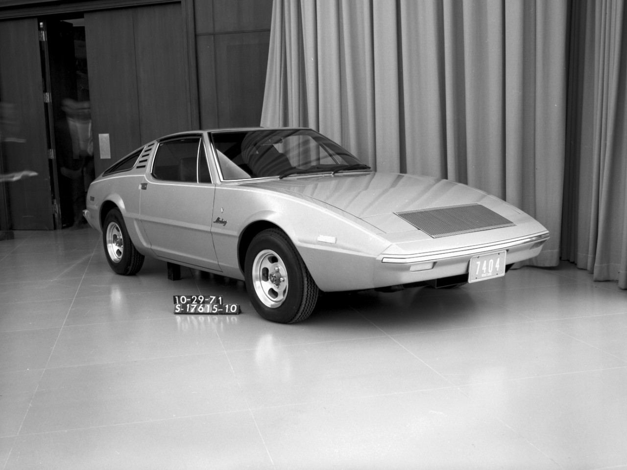Early 80s styling - almost Japanese - from Ghia in 1971