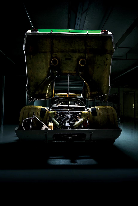 Porsche 907 rear