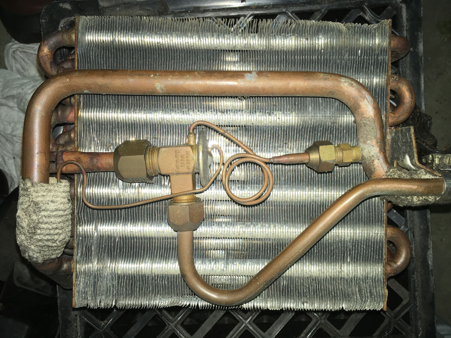 Evaporator core and expansion valve.