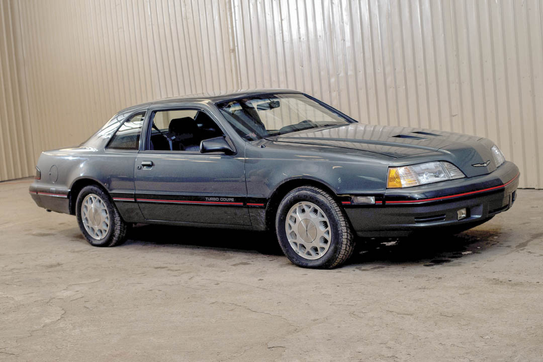 1987 Ford Thunderbird Turbo Coupe front 3/4