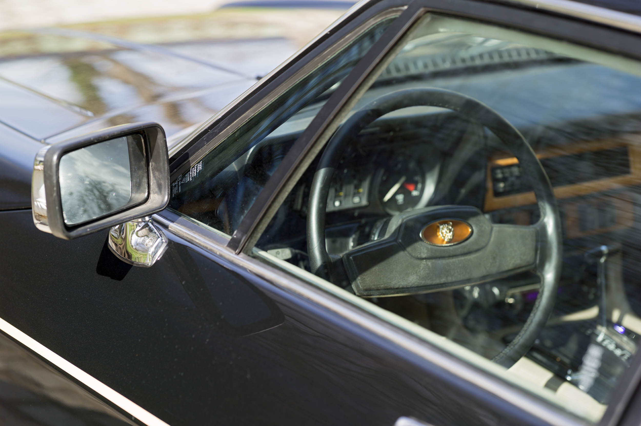 1984 Jaguar XJ-S V12 side mirror