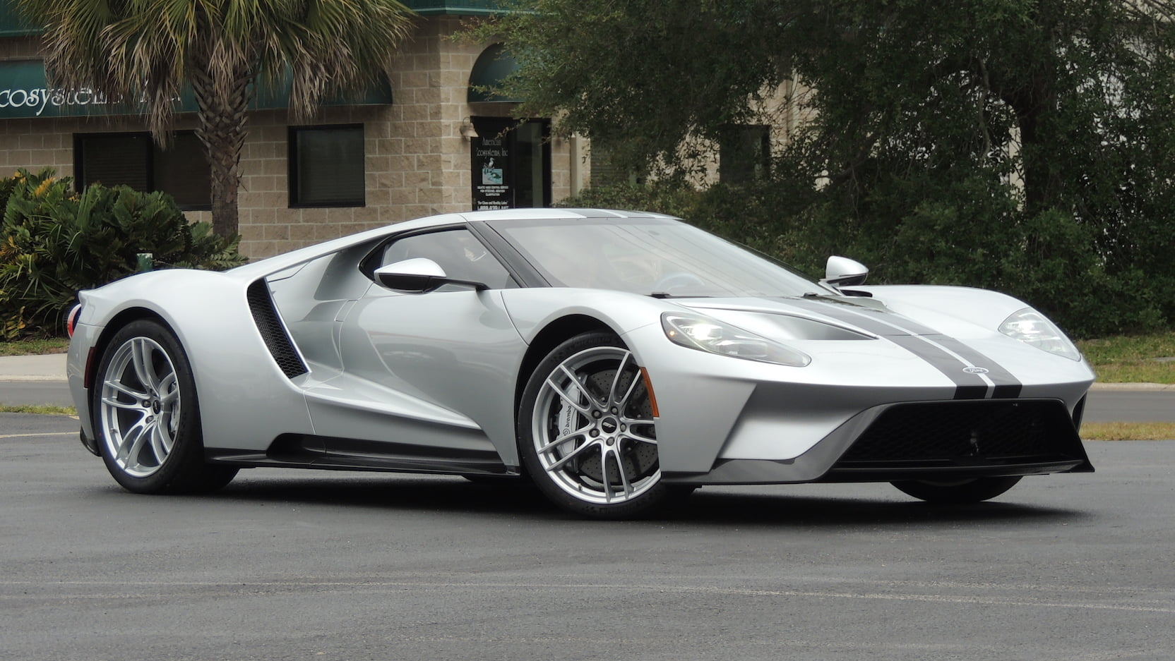 2017 Ford GT sells for $1.65M, Mecum says judge approved sale thumbnail