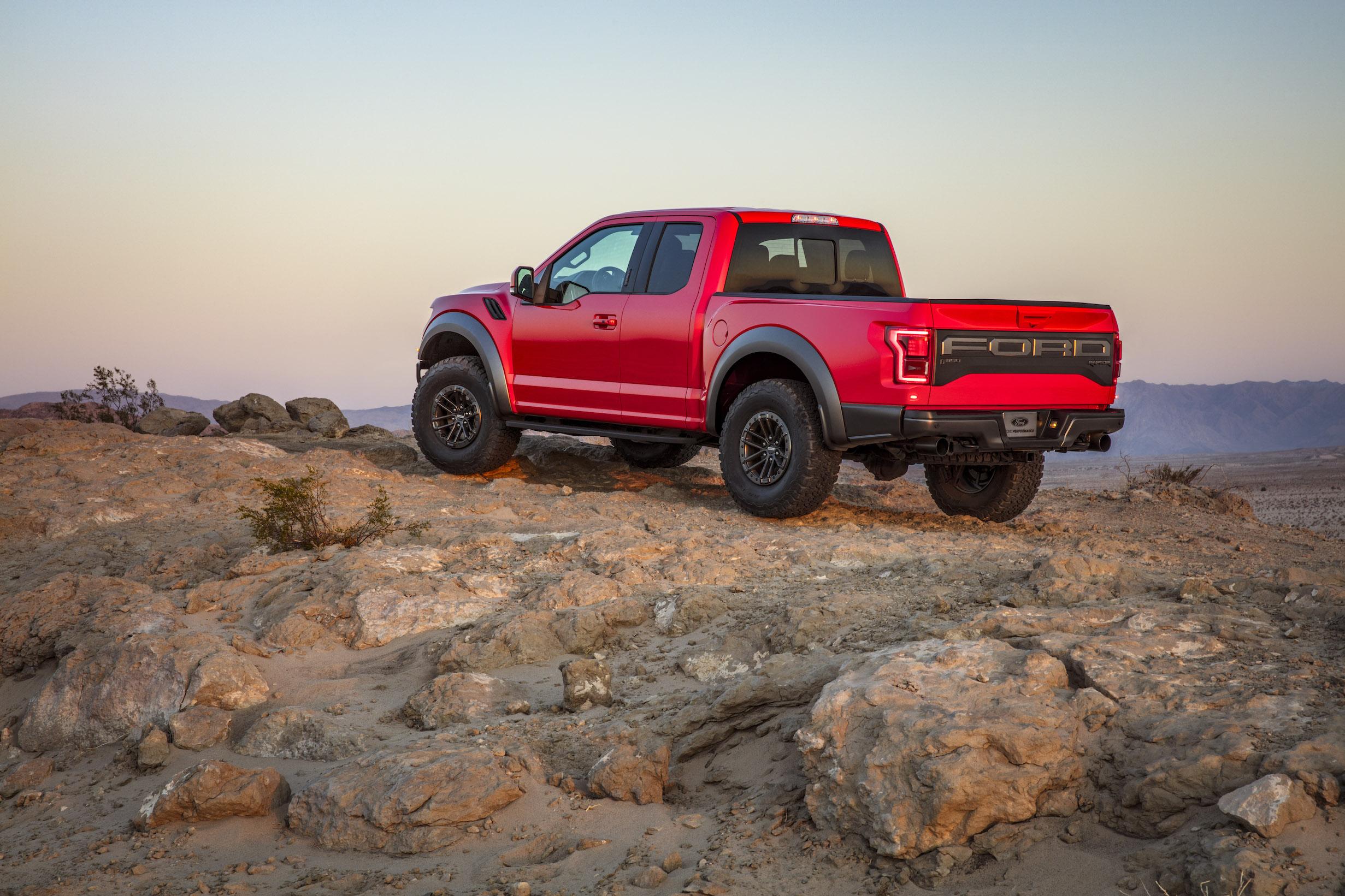 2019 Ford F-150 Raptor Rock Crawl