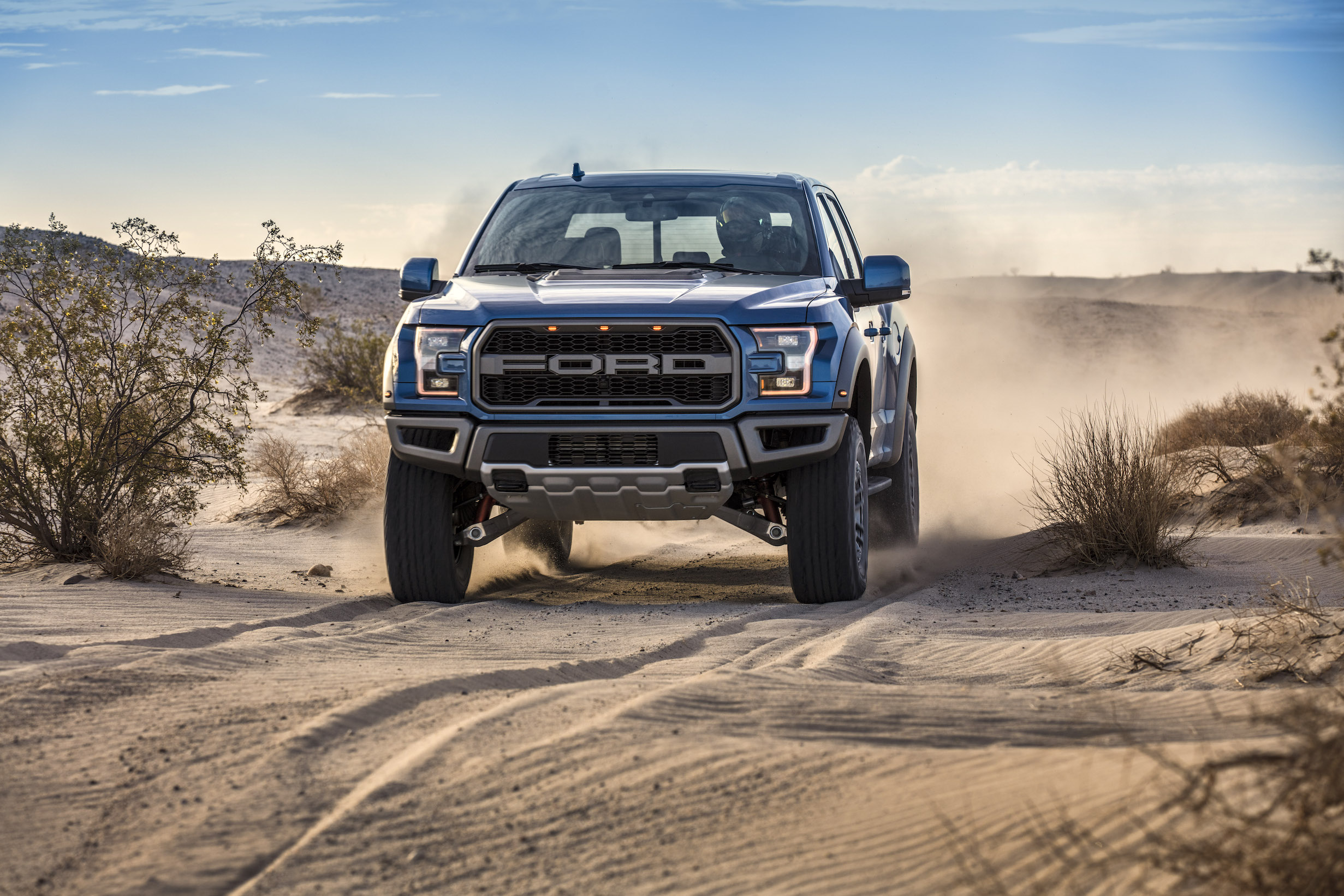 2019 Ford F-150 Raptor Off road trail ride