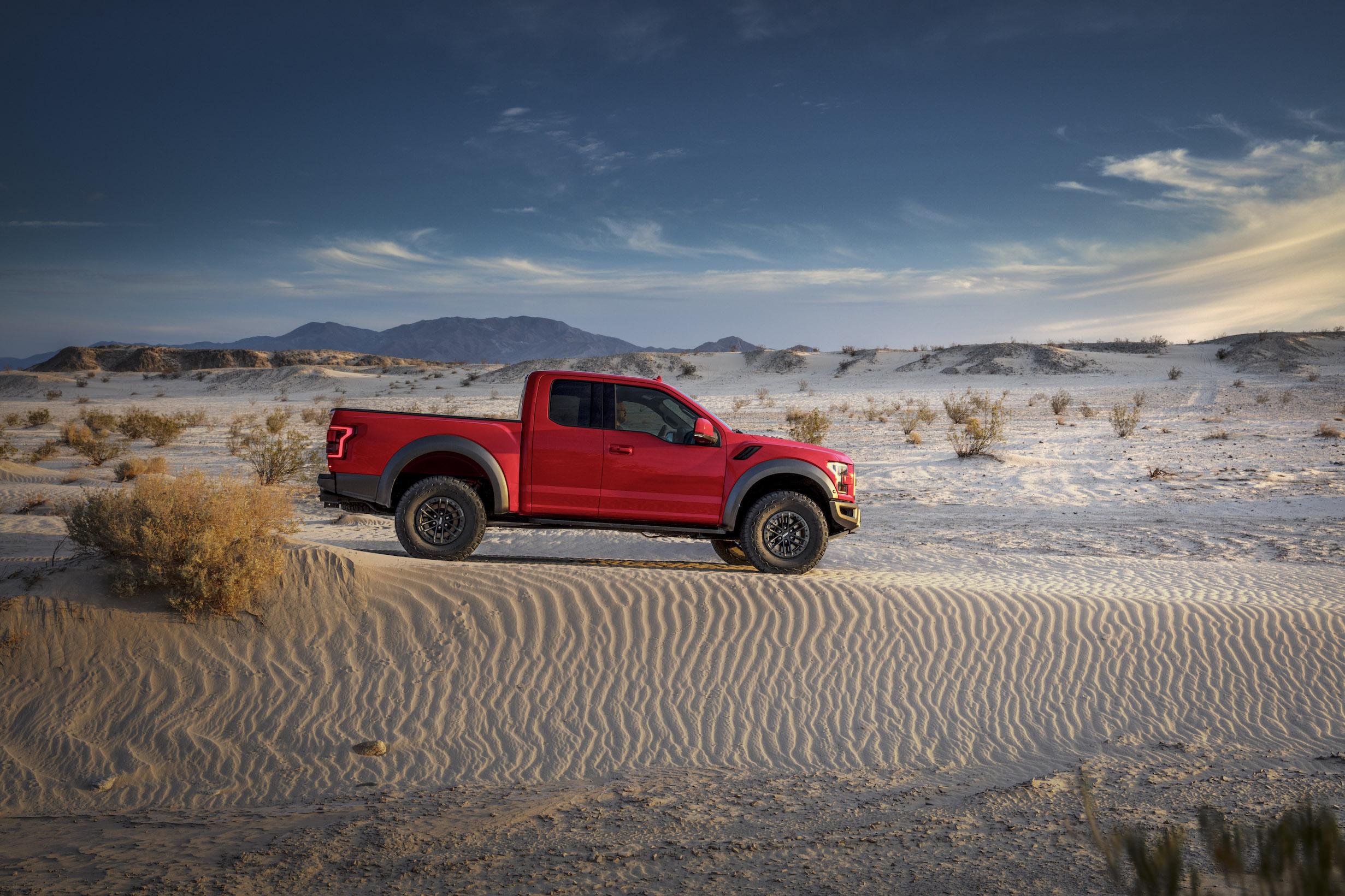 2019 Ford F-150 Raptor Sand Dunes Stationary