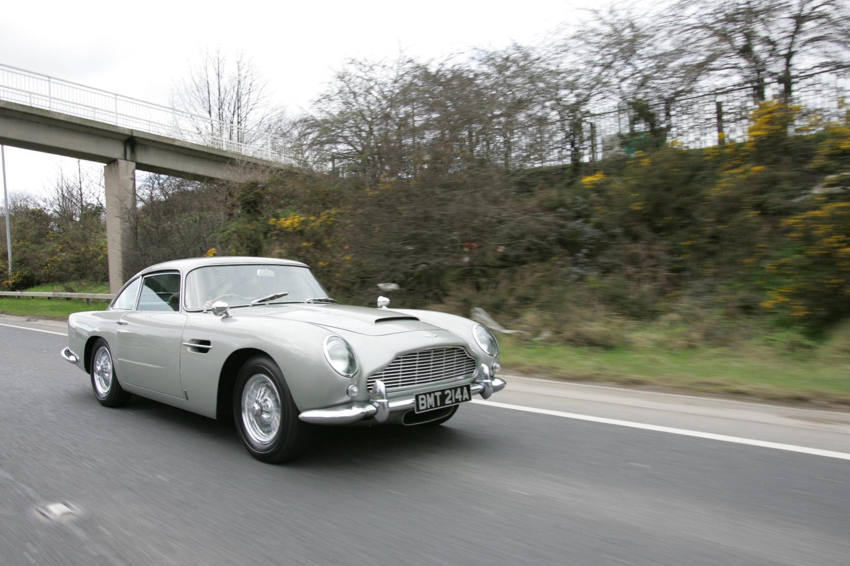 1965 Aston Martin DB5 Rolling Highway 3/4