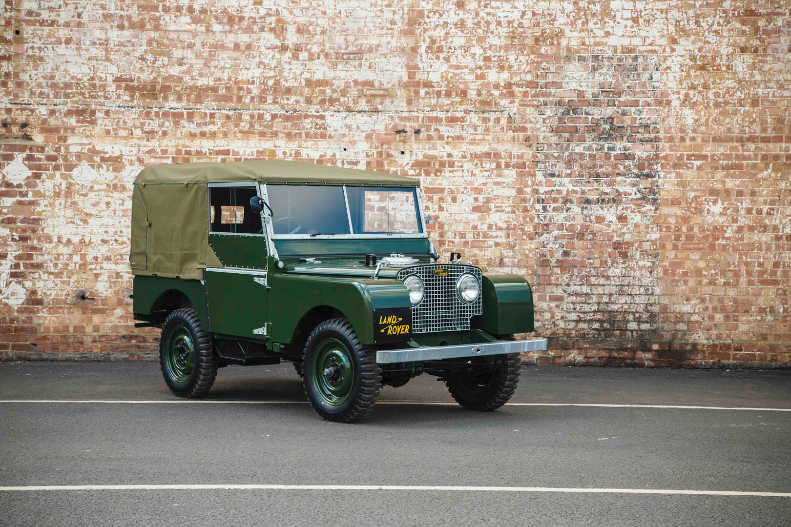 Factory restored 1948 Series 1 Land Rover from Techno Classica 2016