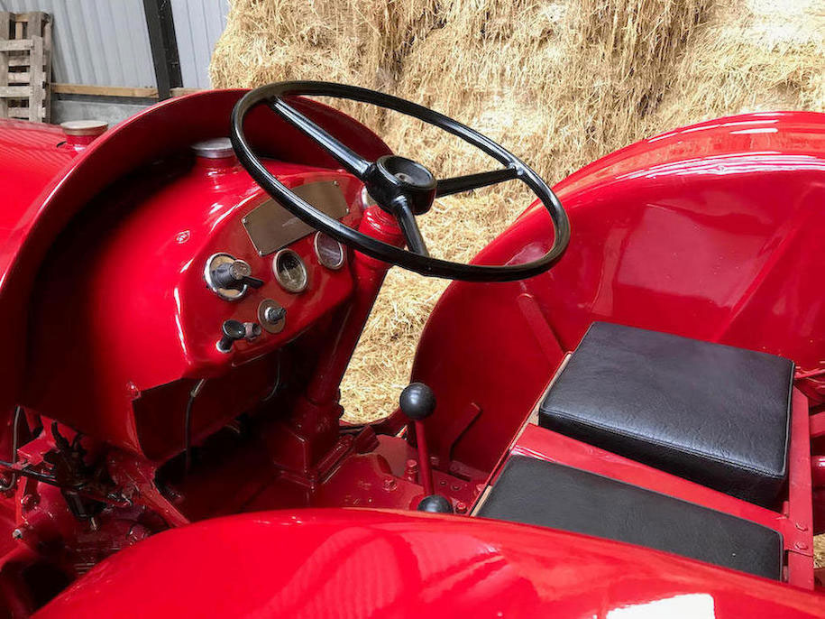 1951 David Brown T.V.O Cropmaster Tractor seat