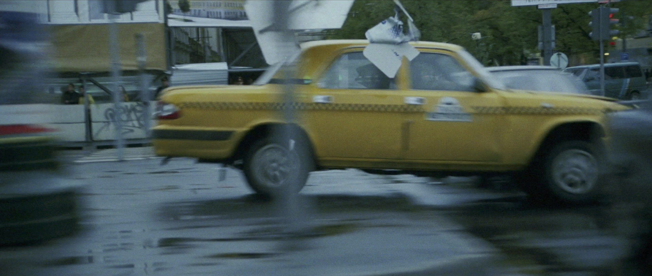 Bourne Supremacy Car Chase Taxi Jump