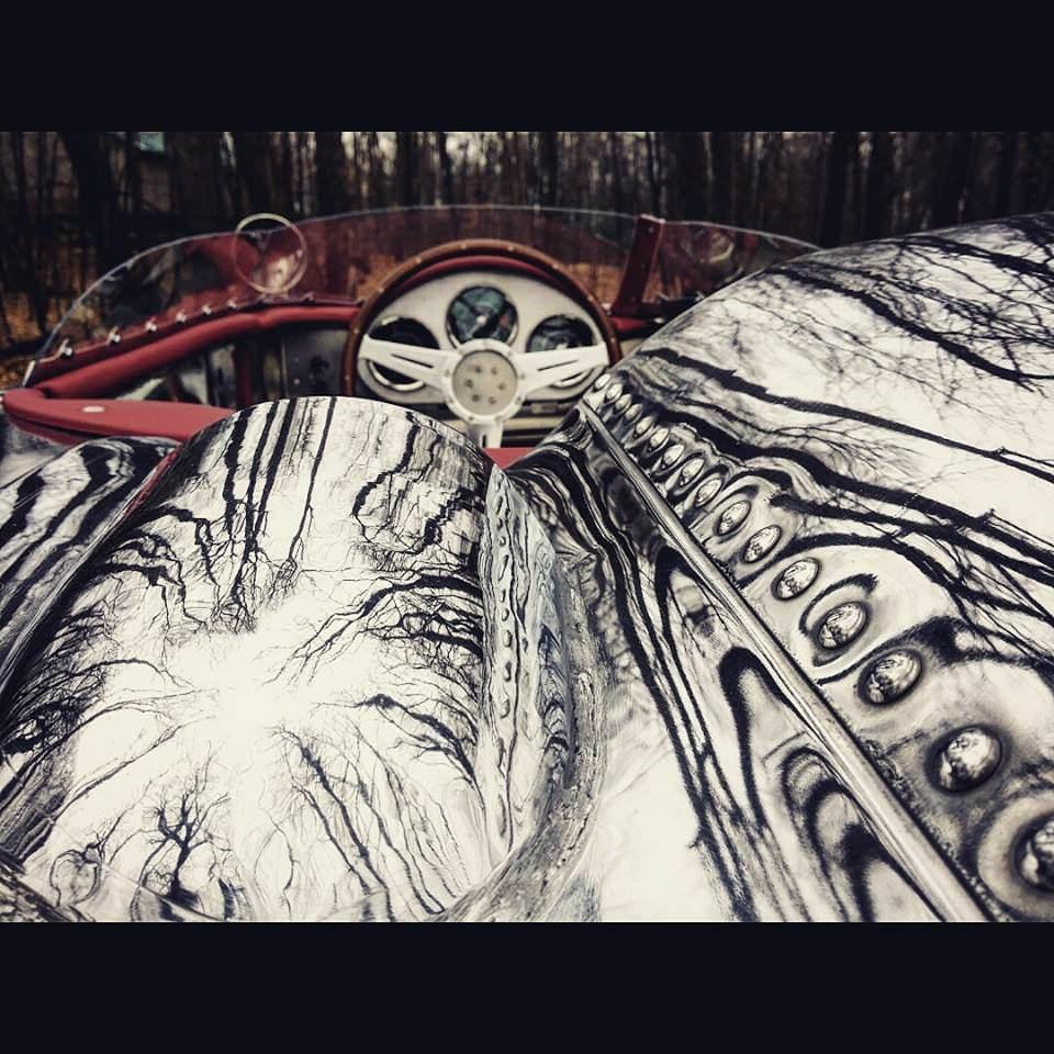 Custom Porsche 356 Cockpit and Paint Detail