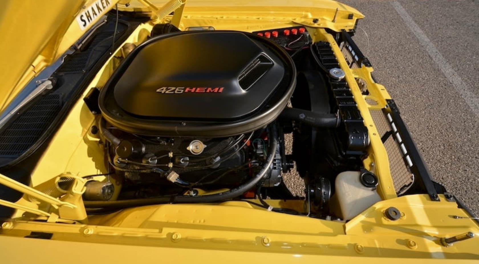 1970 Dodge Challenger Hemi engine