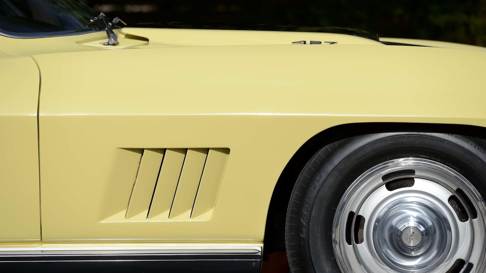 1967 Chevrolet Corvette L88 Side vents