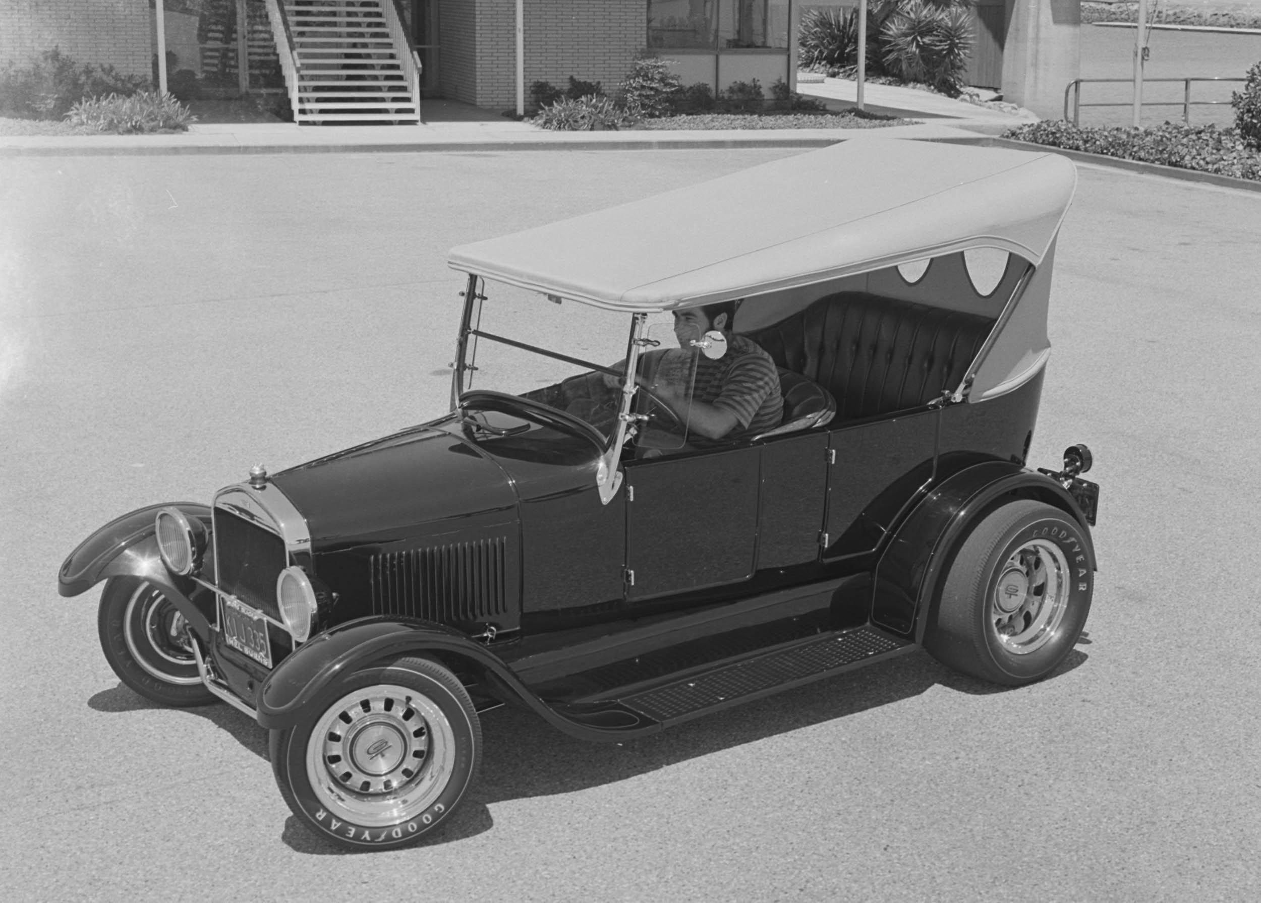 1927 Model T touring