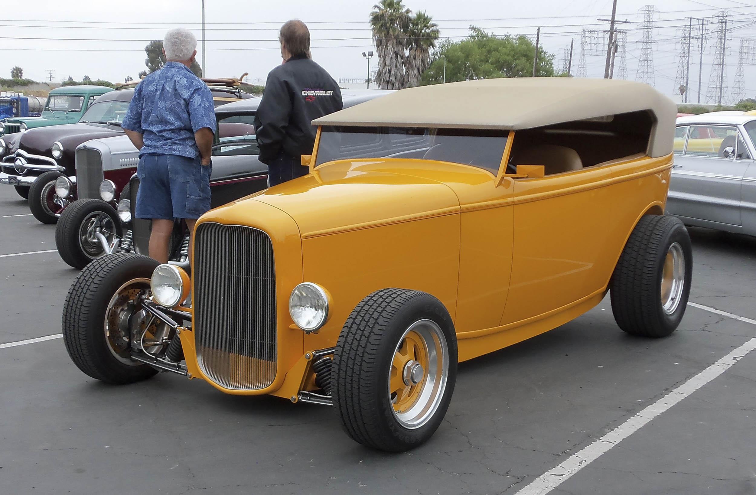 1932 two-door sedan