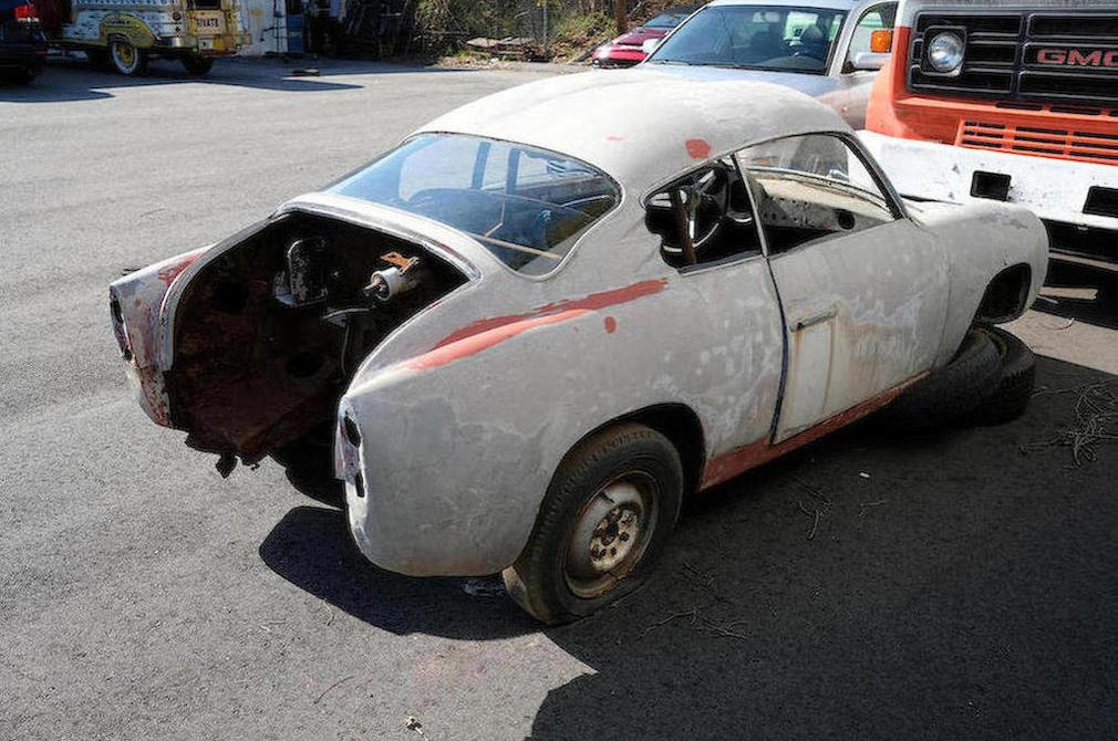 """c.1957 Fiat-Abarth 750 Zagato """"Double Bouble"""" exterior rear"""