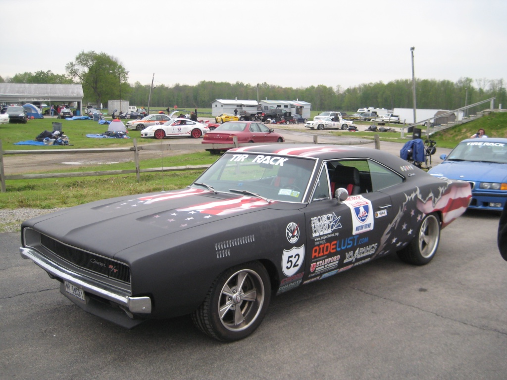 1968 Dodge Charger front 3/4