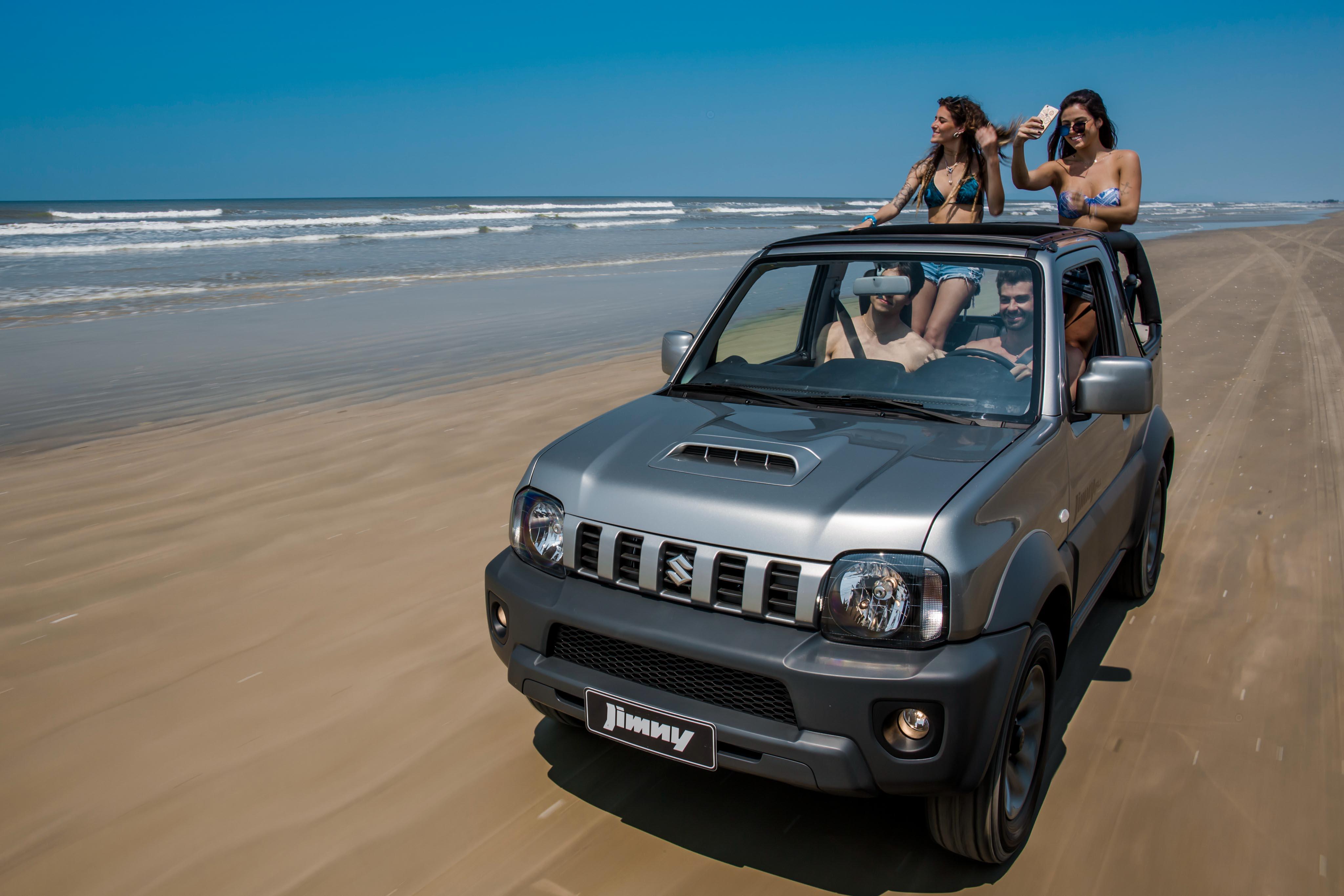 Suzuki Jimny 4ALL Canvas Concept on beach
