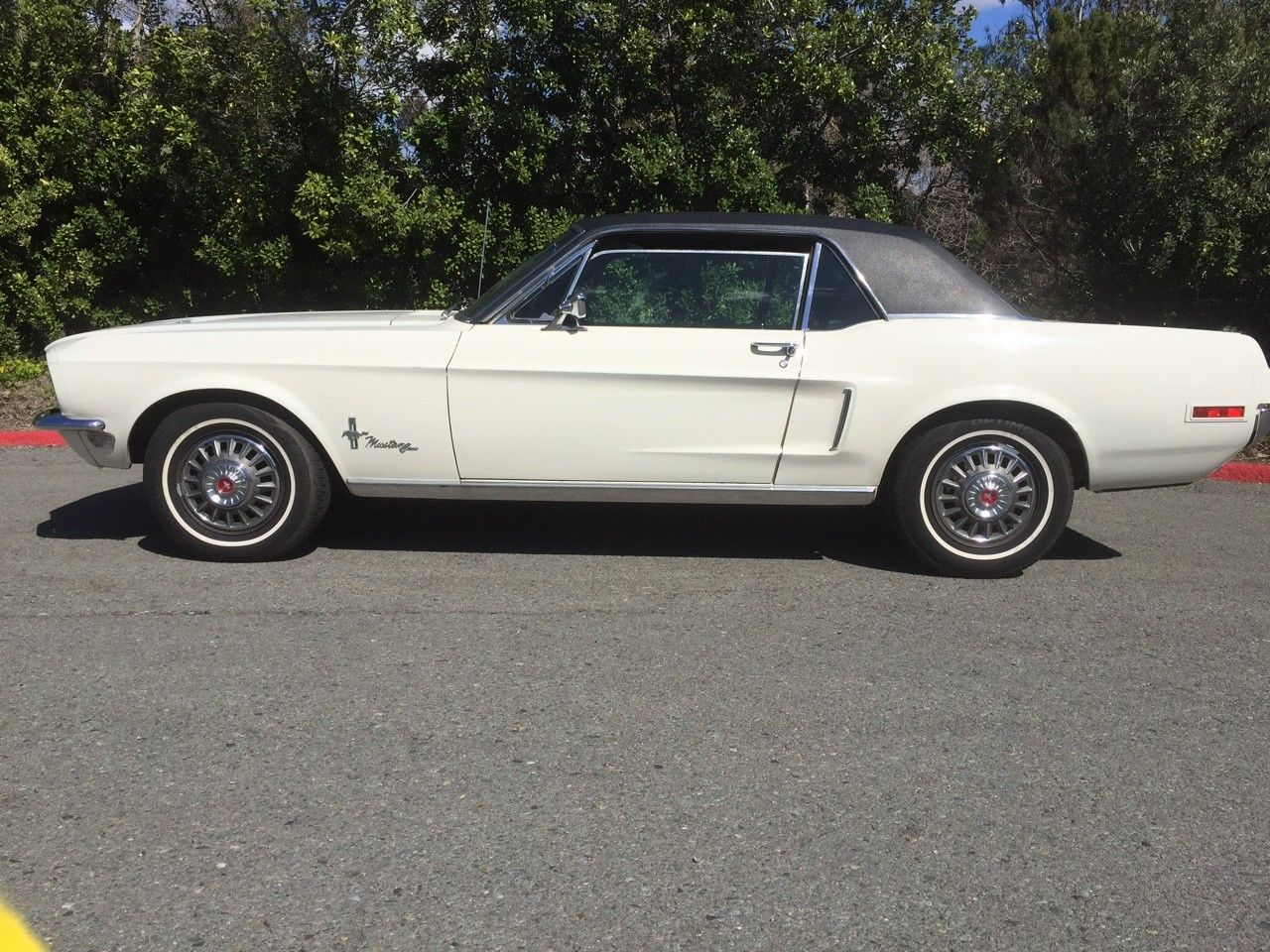 1968 Ford Mustang Side View