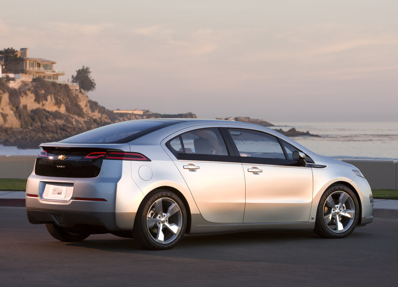 2011 Chevrolet Volt Rear 3/4