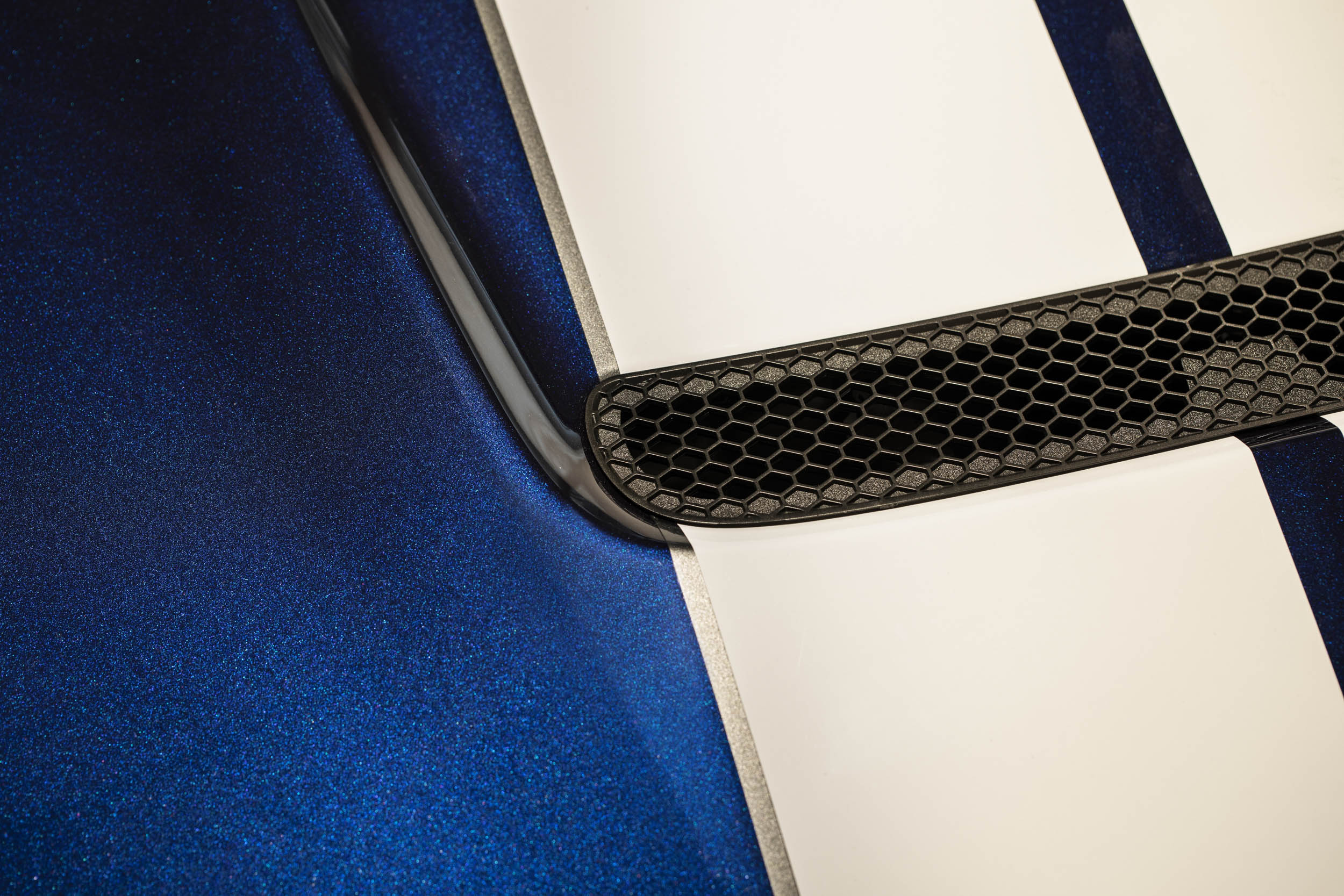 2019 Shelby GT350 hood scoop