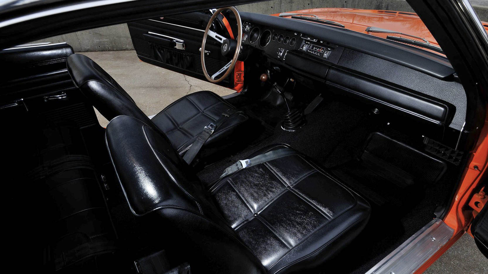 1969 Dodge Charger 500 interior seat detail