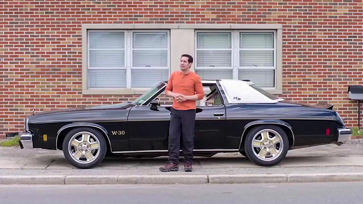 1975 Hurst Oldsmobile Colonnade W-30 and owner Andre De Silva