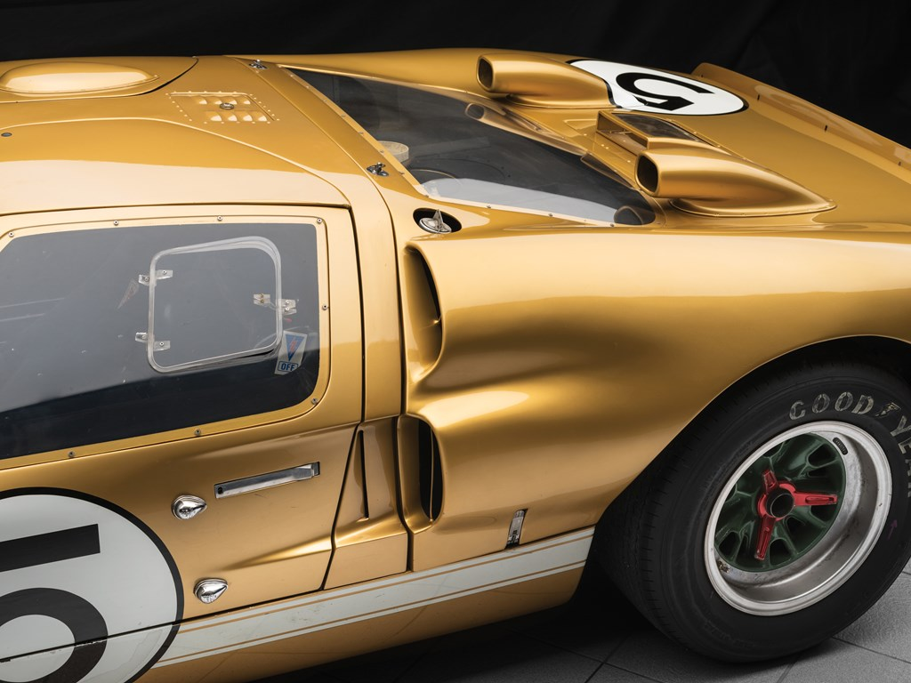 1966 ford gt40 rear profile