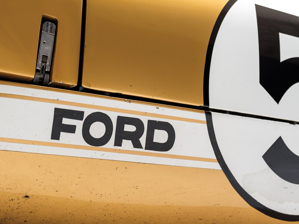 1966 ford gt40 ford logo