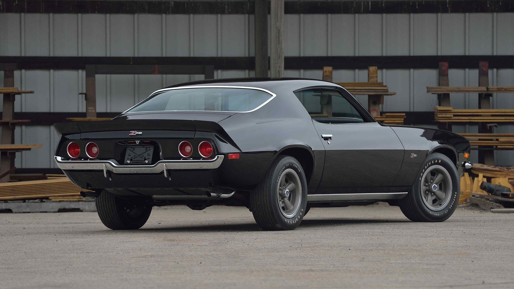 1970 Chevrolet Camaro Z/28 rear 3/4