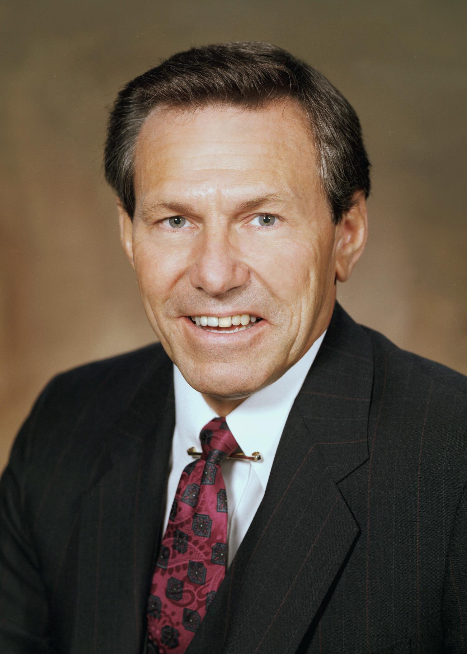 Lloyd E. Reuss