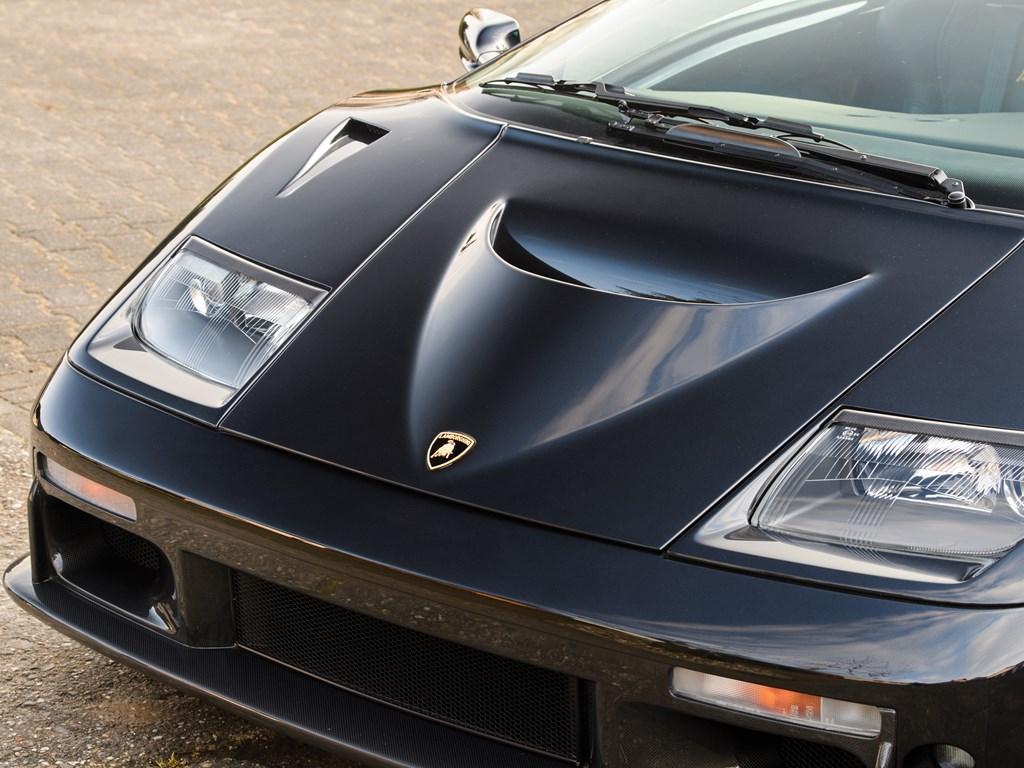 1999 Lamborghini Diablo GT front clip