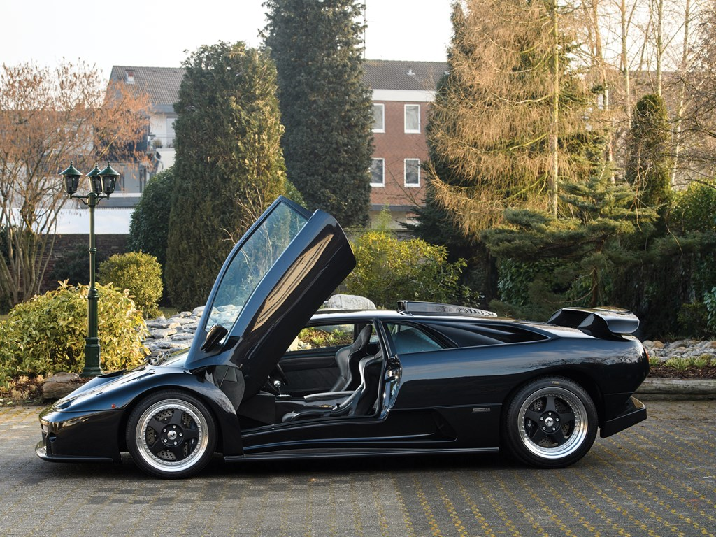 1999 Lamborghini Diablo GT side doors up