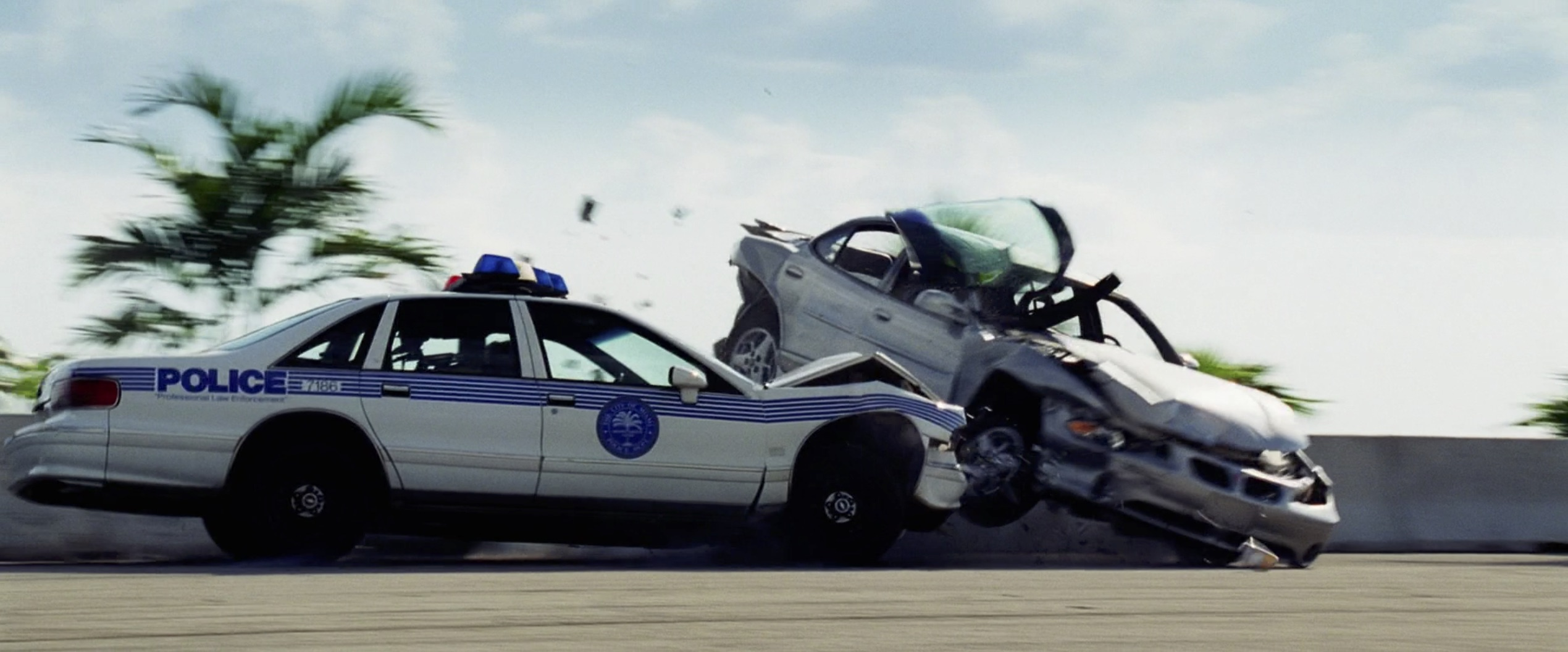 Bad boys II Cop car crash pontiac