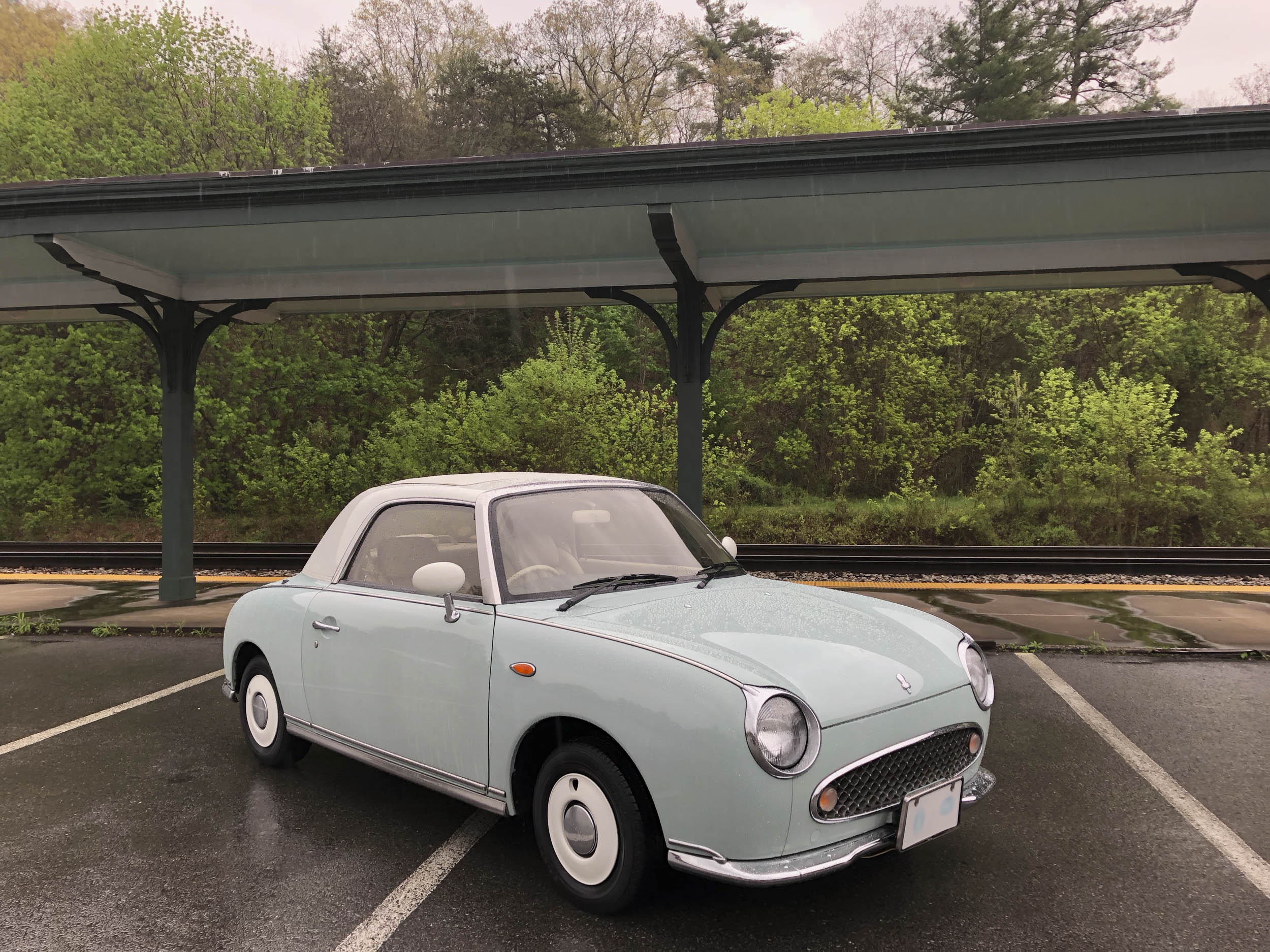 Why you should want the adorable Nissan Figaro thumbnail