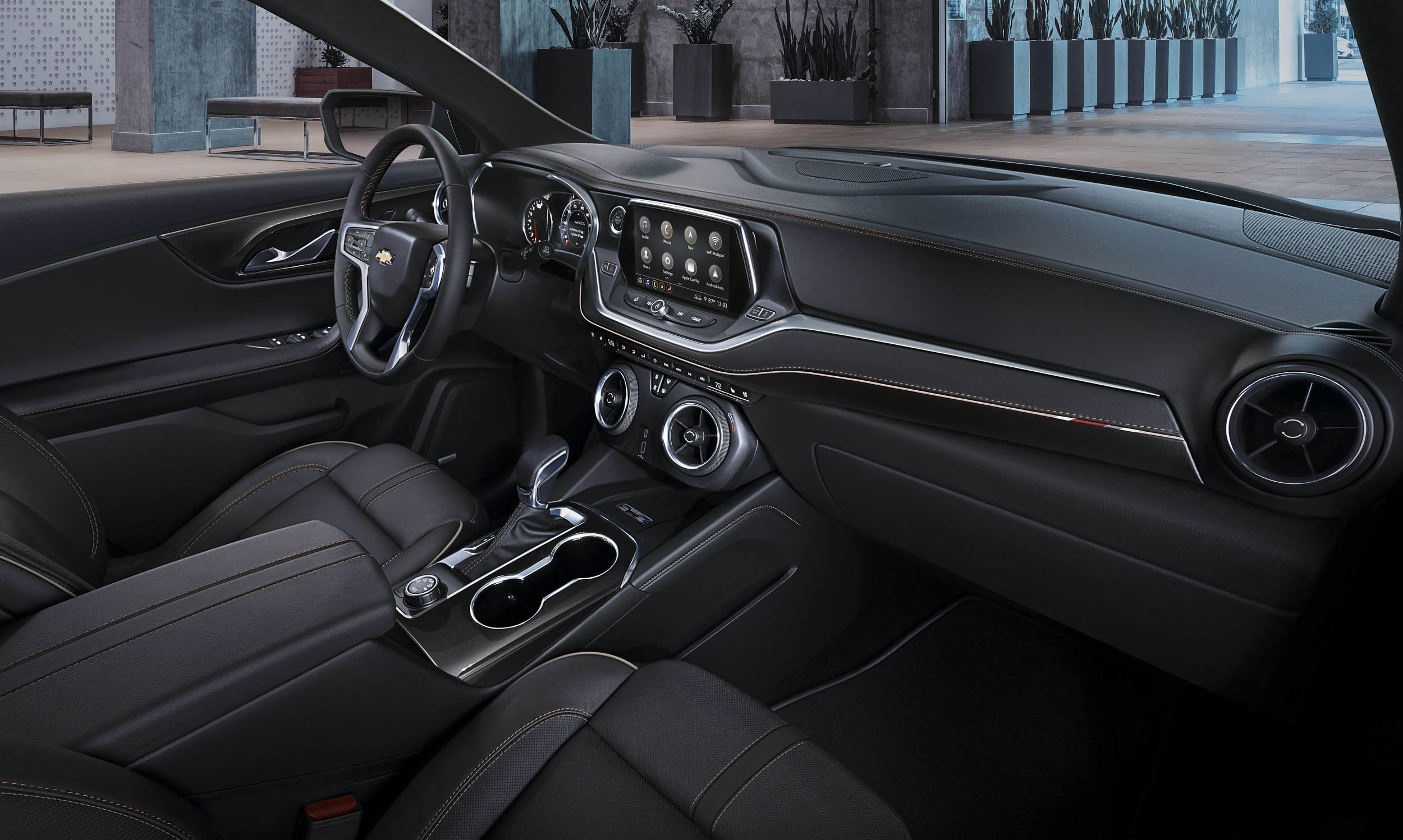 2019 Chevrolet Blazer interior and dash
