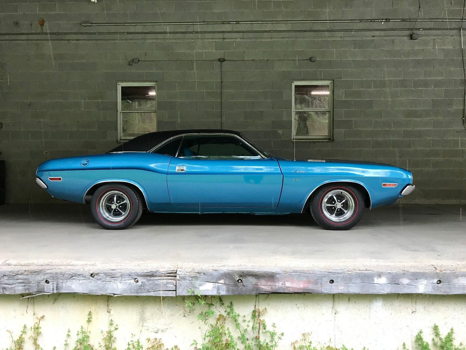 This 1970 Dodge Challenger is a beautiful temptress thumbnail