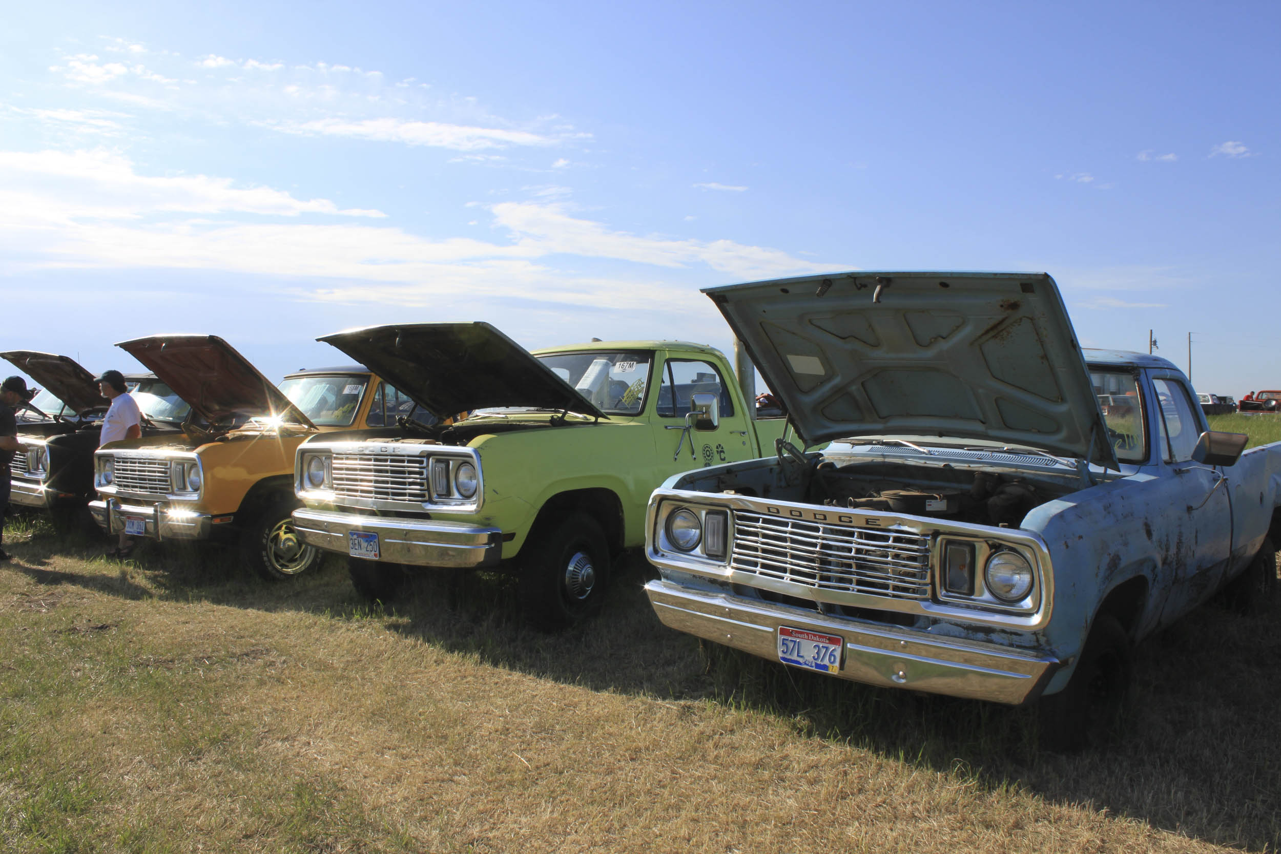 mopar auction line of pickups