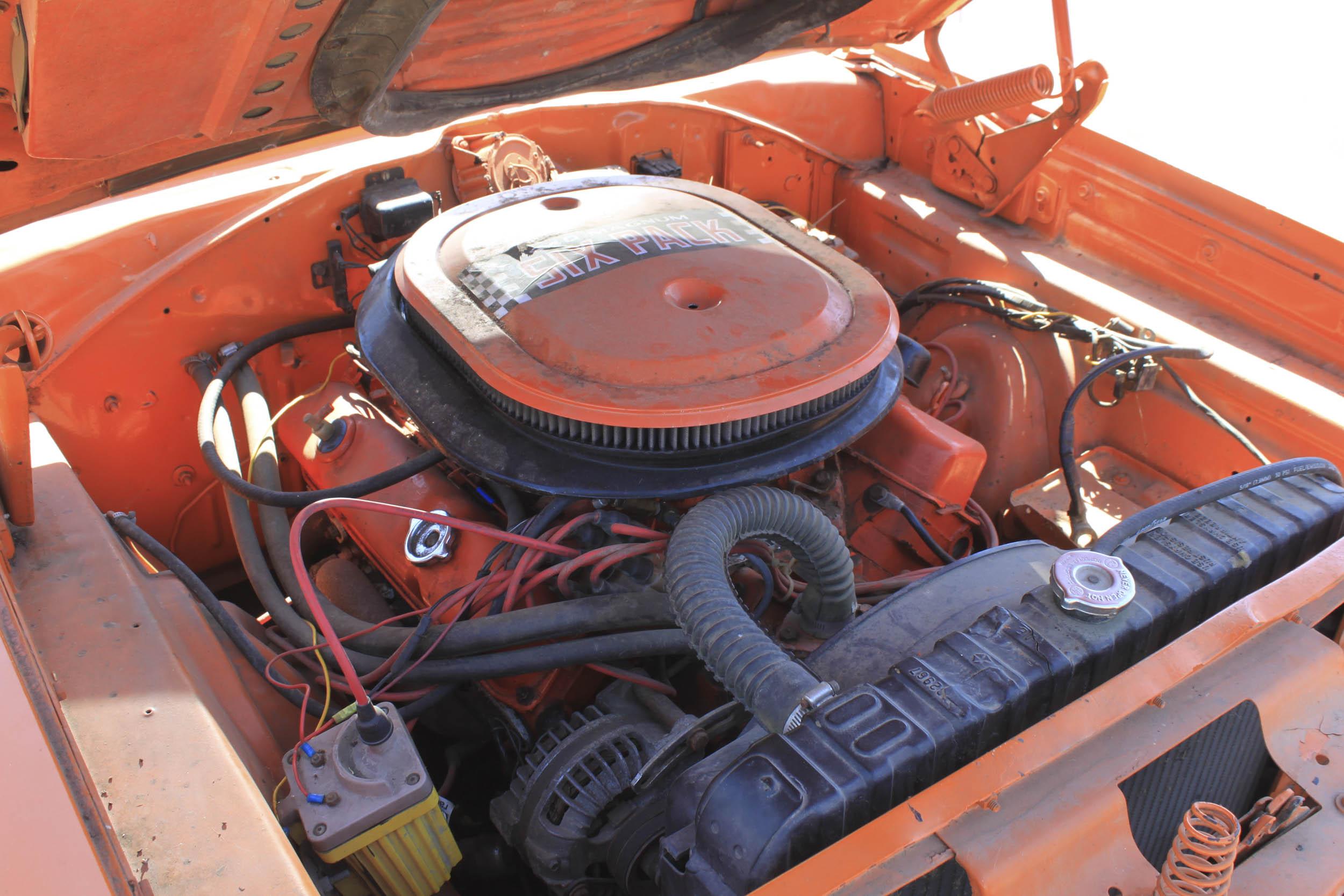 1970 Dodge Super Bee 440 6 pack engine