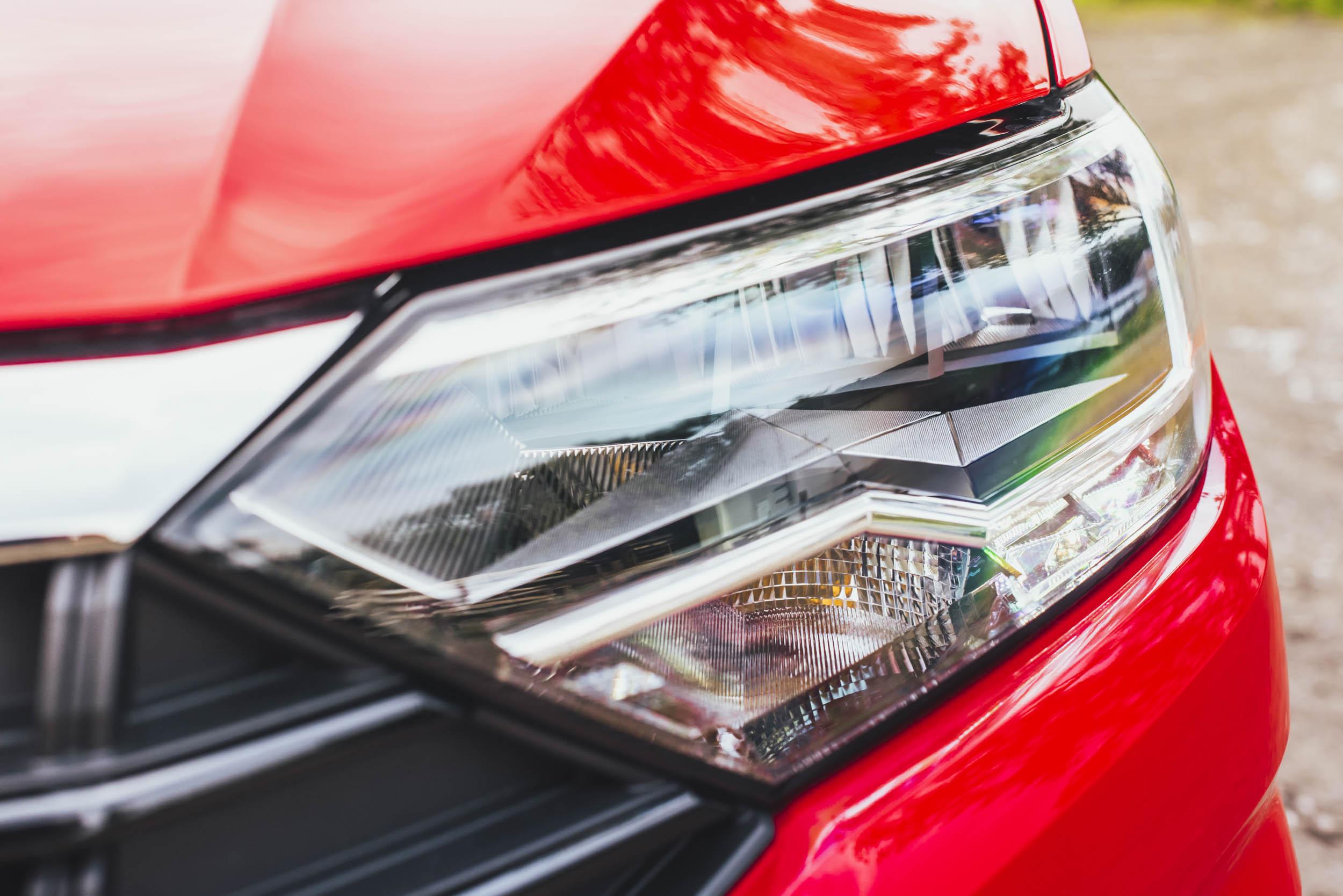 volkswagen jetta r-line headlight
