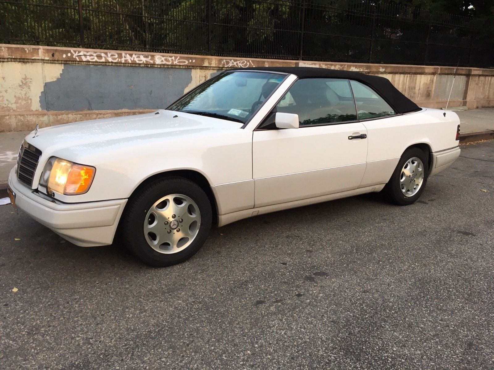 this 1995 mercedes benz e320 cabriolet is one of the last of the old guard hagerty media this 1995 mercedes benz e320 cabriolet