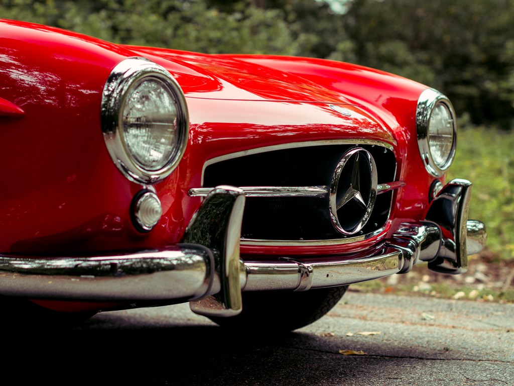 1955 Mercedes Benz 300 SL headlights and grille