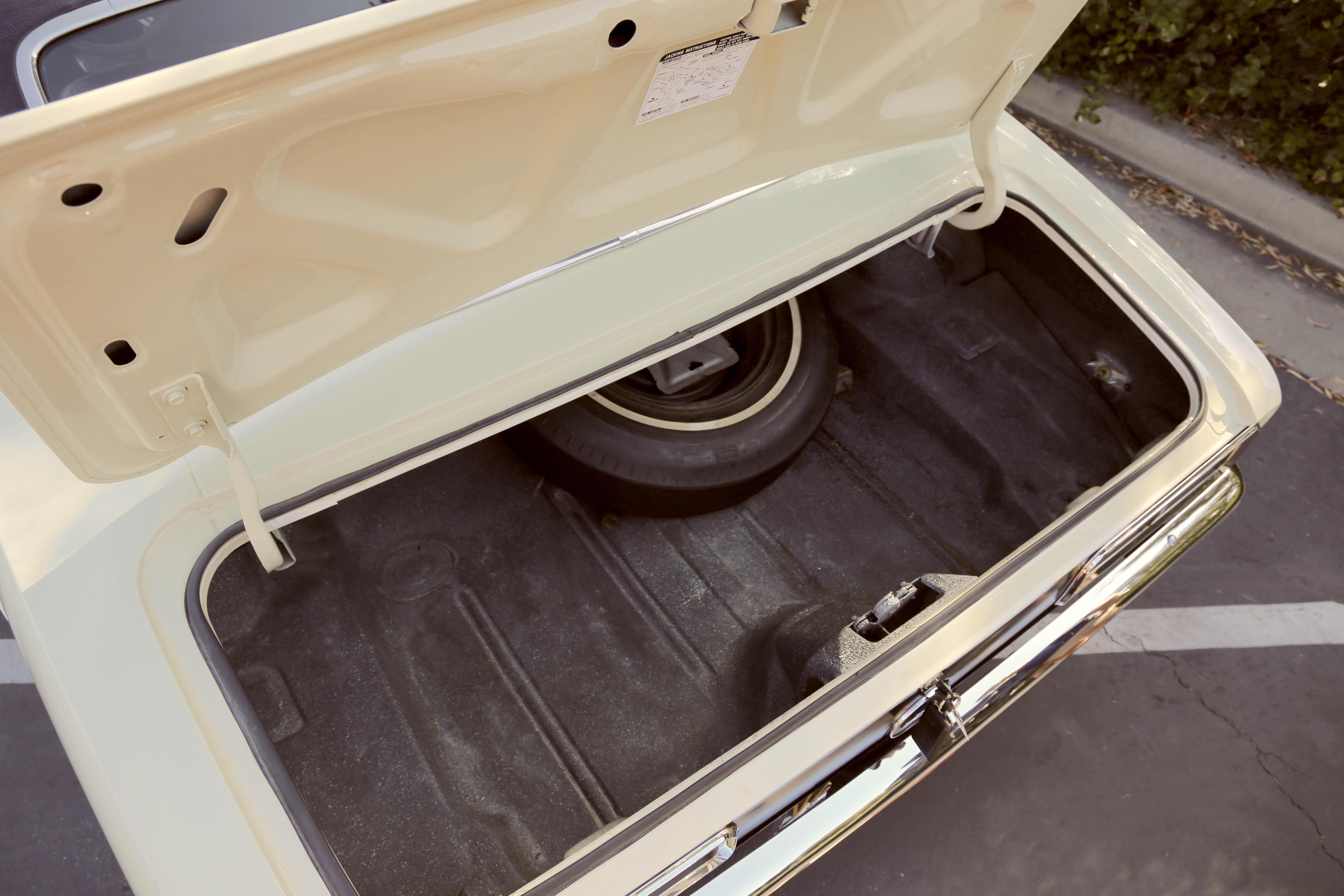 1968 Camaro Odd Options trunk opening