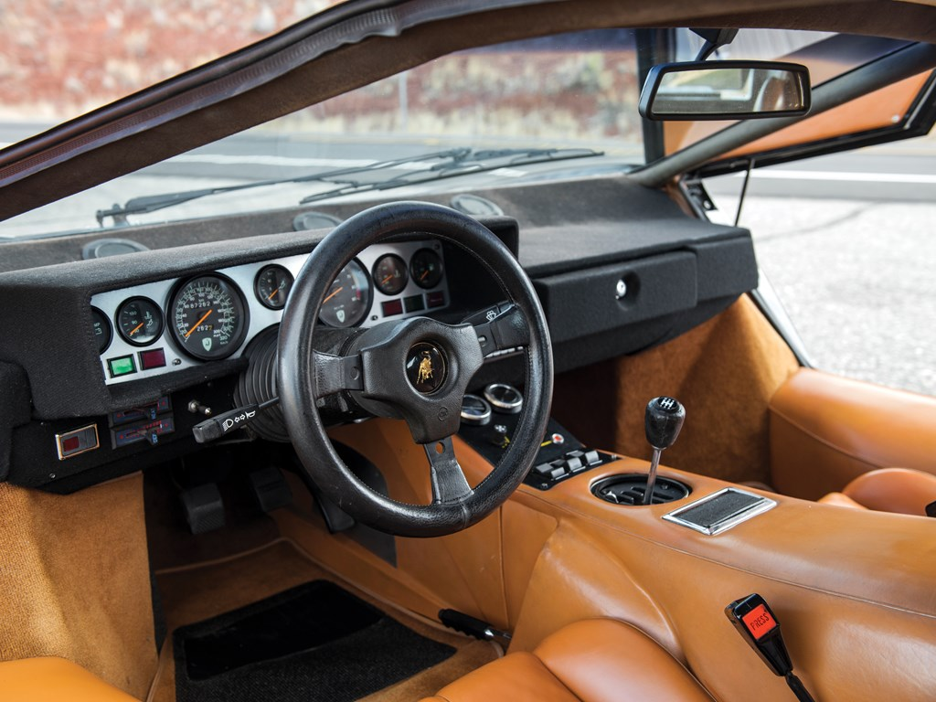 1979 Lamborghini Countach LP400 S Series I interior