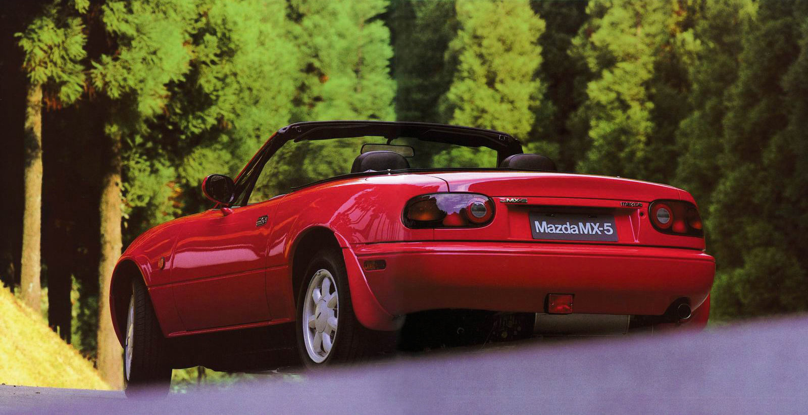 1990 Mazda MX-5 Miata rear 3/4 trees