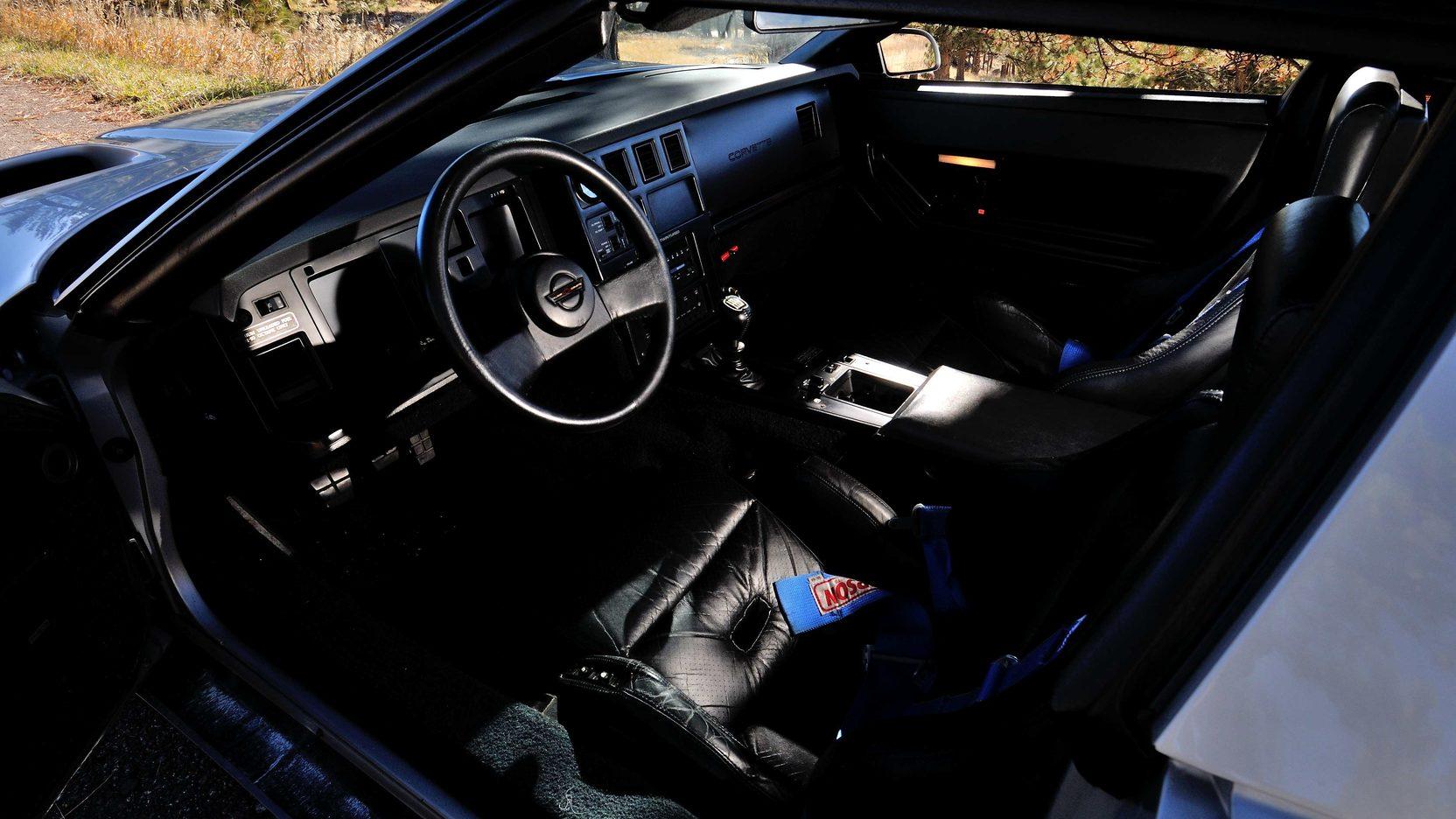 1988 Callaway Sledgehammer interior