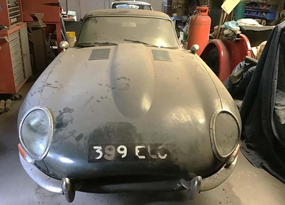 1962 Jaguar E-Type 3.8 Coupe front nose