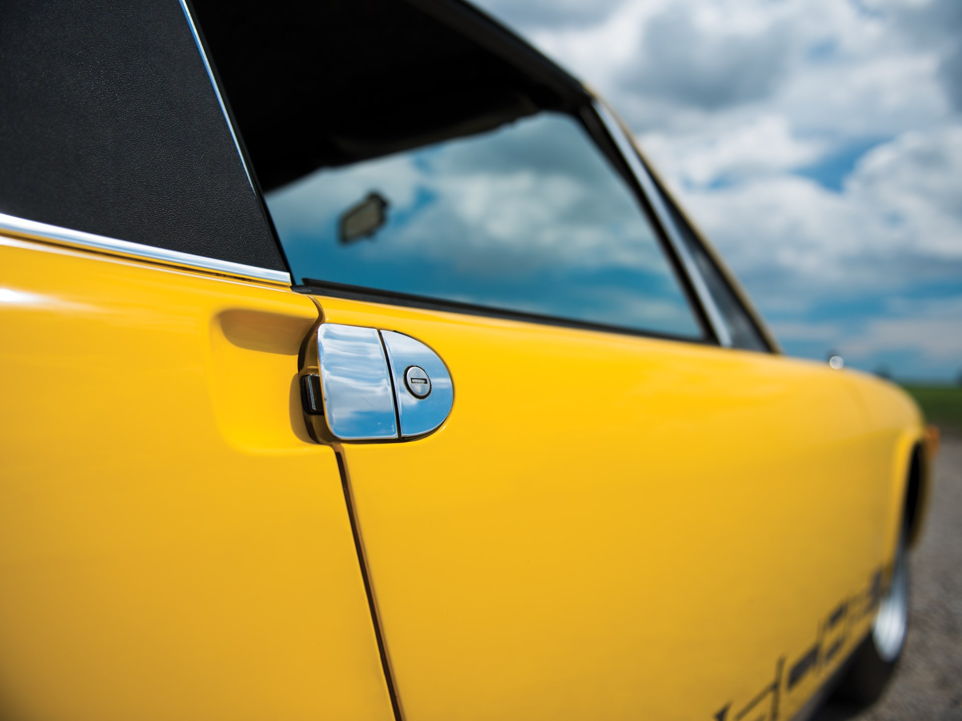 1975 Porsche 914 yellow door